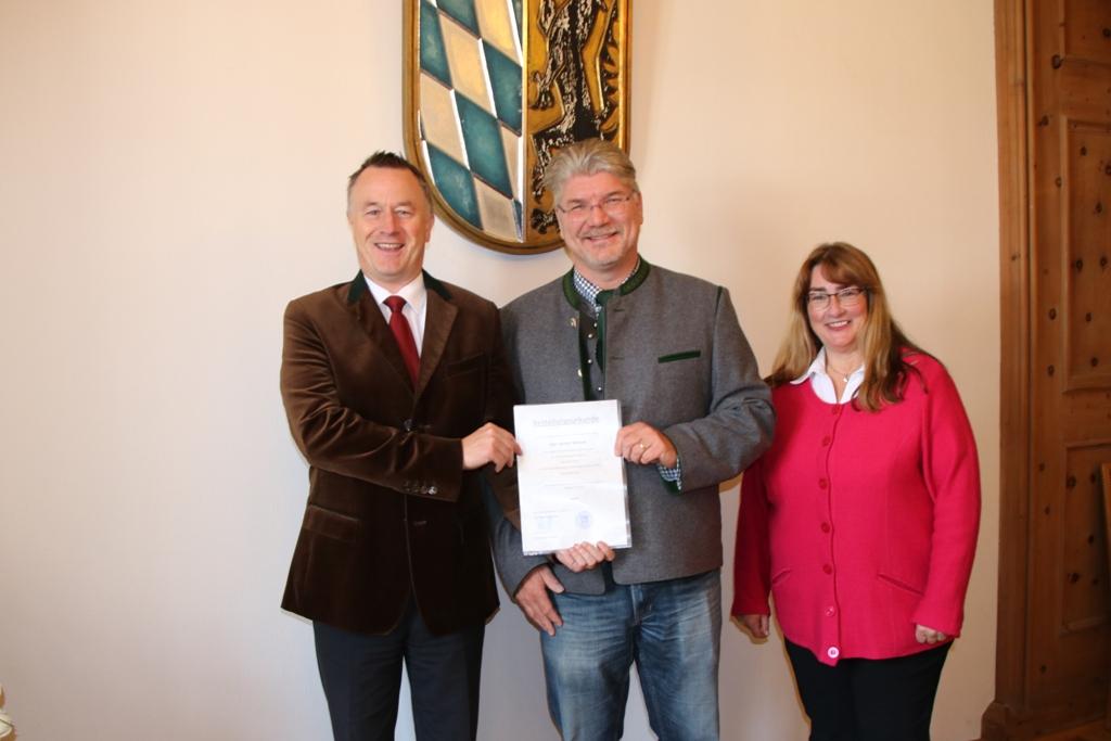 Armin Wierer nun auch Eheschließungsbeamter