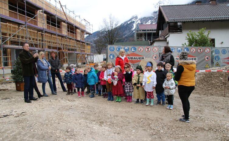 Richtfest Kindergarten und Kinderkrippe Froschham