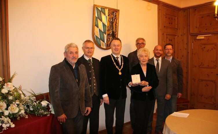 Verleihung Stadtsiegel an Ingrid Vollert